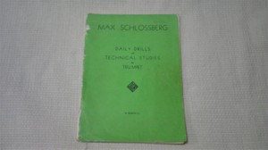 MAX SCHLOSSBERG著 DAILY DRILLS and TECHNICAL STUDIES
